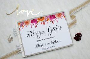 weselna księga gości w kwiaty